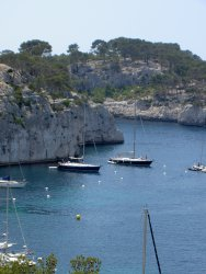 "We'll pass by the old port, visit of ""Notre Dame de la Garde"", the sightseeing is amazing, then we'll go to Cassis, free time for your lunch, and visit of the ""Calanques""..."